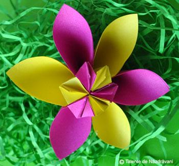 Idei Creative, Editura Casa: FLori origami, nr. 48