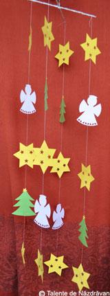 Ghirlande decorative pentru Craciun: stelute, braduti si ingerasi