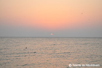 Rasarit de soare la mare