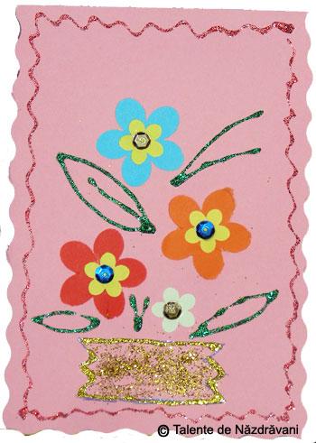 Felicitare cu floricele realizate cu perforatoare decorative
