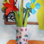 Flori in glastra, colaj de primavara