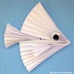 Pește confecționat din hârtie îndoită evantai