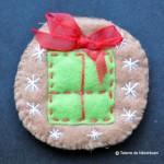 Biscuit din fetru decorat