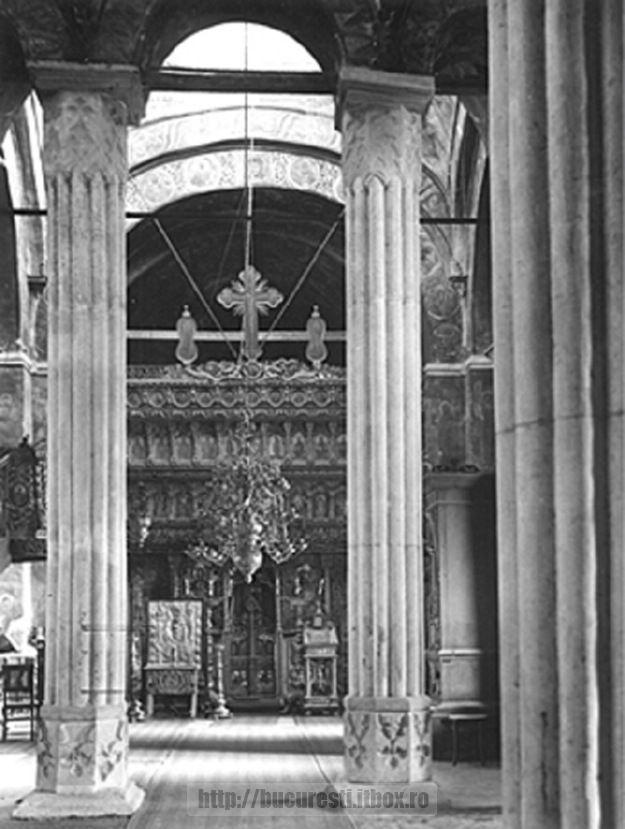 44. Manastirea Cotroceni, interiorul Bisericii