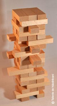 turnul-instabil2