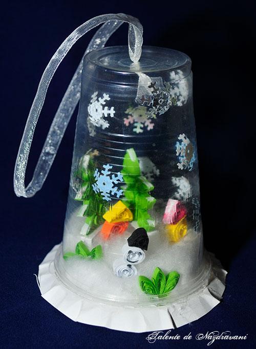 Decoratiune cu peisaj de iarna in pahar de plastic (*5)