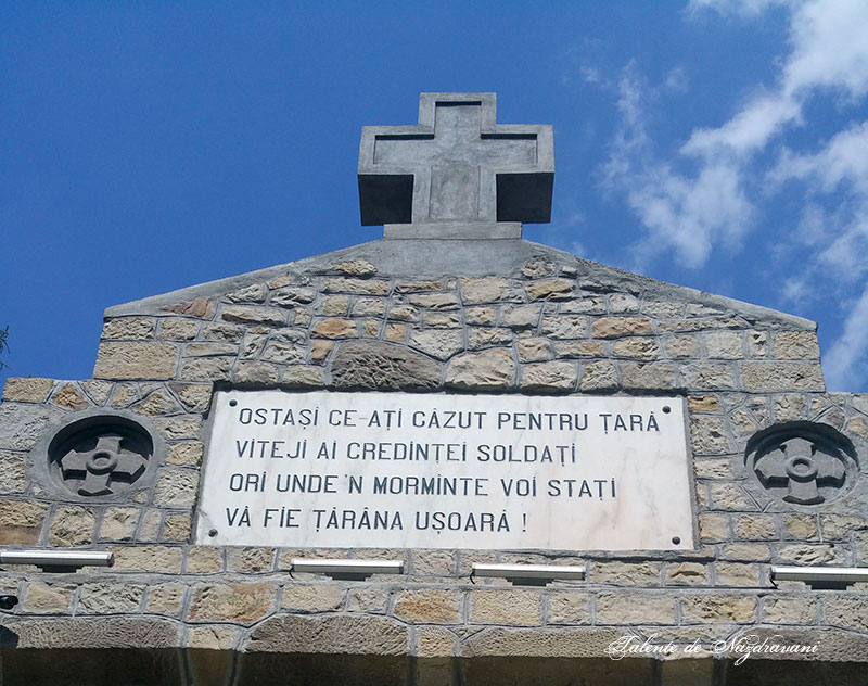 Mausoleul eroilor de la Soveja - Vrancea