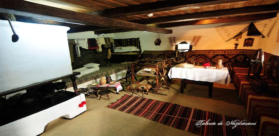 Humulesti - casa memorială Ion Creangă. Interior
