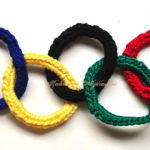 Cu croșeta: steagul olimpic din inele