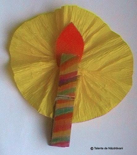 Ornament din cleme de rufe