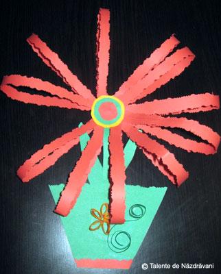 Floare in ghiveci, colaj din benzi de hartie