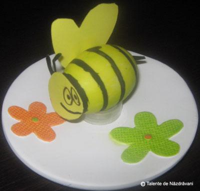 Albina din ou