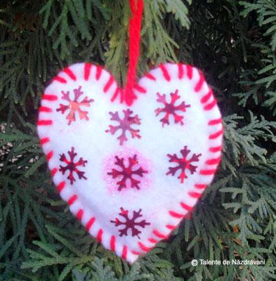 Decoratiune textila pentru pomul de iarna